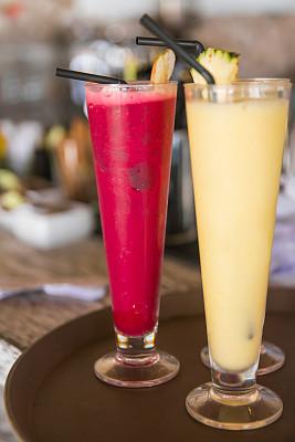 果汁,草莓,菠萝,自制的,水果,印度尼西亚,有机食品,黄色,草莓果茶,红色