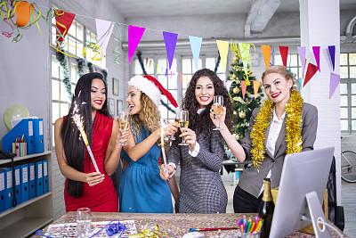 香槟,圣诞装饰物,欢乐,仅女人,嬉戏的,幸福,新年,2019,高雅,香槟杯