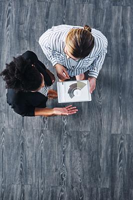 商务,灵感,深的,图表,技术,4g,全身像,创作行业,仅女人,办公室