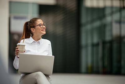 女商人,咖啡,青年人,自然美,电子邮件,专业人员,咖啡杯,学员,技术,现代