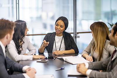 女商人,信心,商务,策略,加拿大,女人,市场营销,商务策略,创作行业,办公室