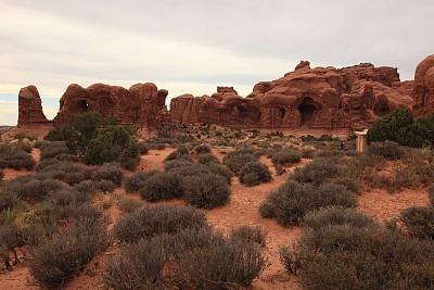 犹他,双拱,国内著名景点,著名自然景观,黄昏,沙岩,美国西部,纳瓦霍岩,窗户,自然立柱