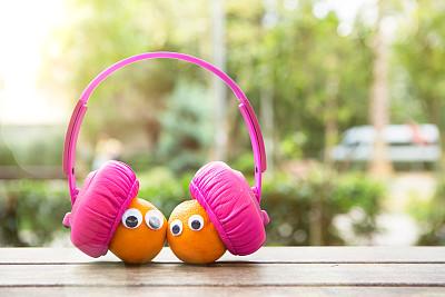 乐趣,耳机,音乐,两个物体,橙子,农业,素食,蔬菜,土耳其,清新