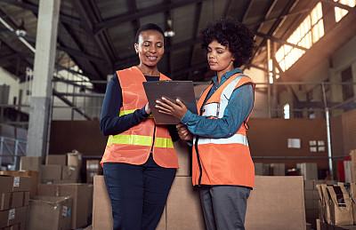 工厂,团队,平滑的,部分,检查表,贮藏室,写字板,看,幸福,货物集装箱