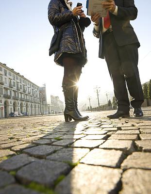 广场,男商人,女商人,低视角,中年女人,商务,皮埃蒙特,圆石,部分,女人