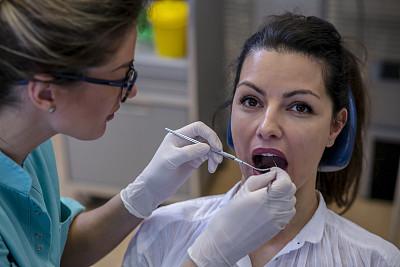 牙医,女人,口腔卫生,专门技术,健康保健,护士,专业人员,药,医疗流程,设备用品