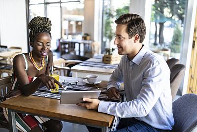 果汁,咖啡,异性恋,茶水间,咖啡杯,杯,浓咖啡,顾客,欢乐,非洲人