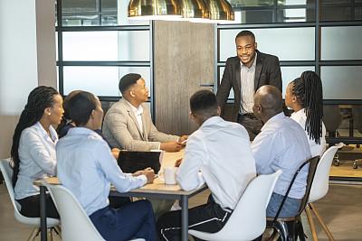 办公室,商务人士,会议,人群,专业人员,中老年男人,肖像,技术,25岁到29岁,领导能力