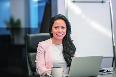 办公室,平衡折角灯,商务,专门技术,专业人员,计算机,技术,加拿大,女人,青年女人