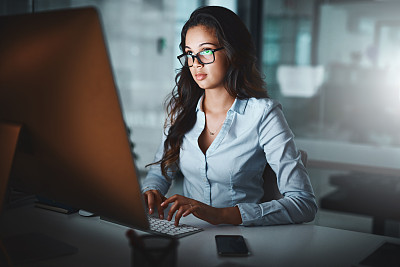 效率,决心,专业人员,暗色,技术,现代,仅女人,仅一个女人,办公室,眼镜