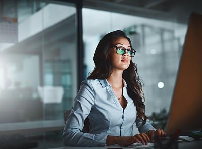 贡献,忙碌,专门技术,女人,专业人员,暗色,技术,现代,仅女人,仅一个女人