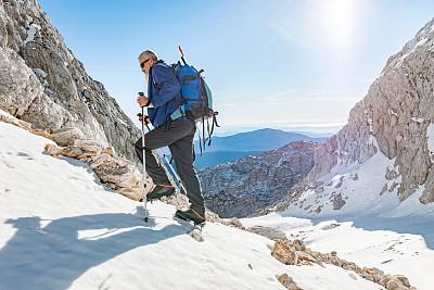 julian alps,欧洲,斯洛文尼亚,老年人,络腮胡子,四臂观音,老年男人,秘密,仅一个老年男人,运动