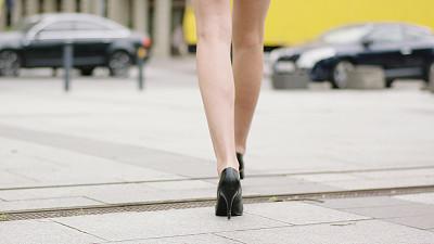 青年女人,特写,腿,伦敦城,足,衣服,户外,光,仅成年人,都市风景