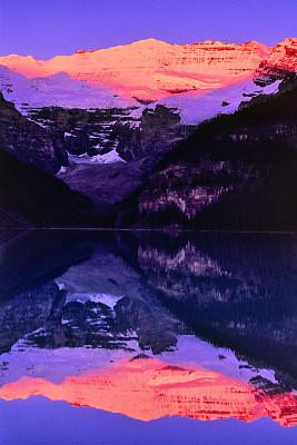 加拿大,阿尔伯塔省,国际著名景点,纯净,飘然,灵感,环境,环境保护,色彩鲜艳,著名景点