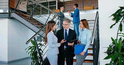 技术,安逸,最终期限,专业人员,中老年男人,策略,拿着,忙碌,商务策略,办公室