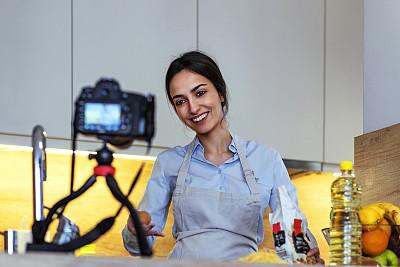 录音棚,食品,女人,带宽,数字化显示,传媒,技术,培训课,面粉