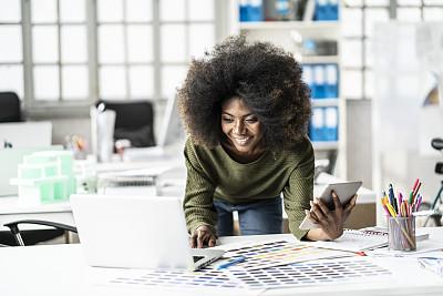 女性,设计师,工作室,专业人员,色板,技术,商业金融和工业,美术设计室,想法,忙碌