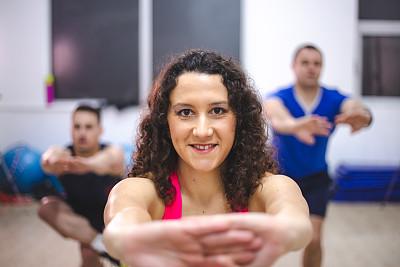 人群,健身房,活力,运动,自我完善,弹性,培训课,健身俱乐部,幸福