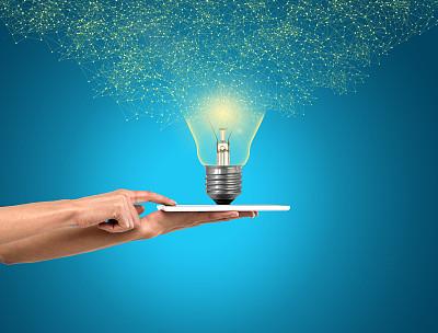想法,新创企业,概念,彩色背景,策略,技术,拿着,商务策略,影棚拍摄,仅一个女人