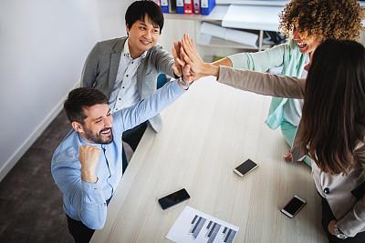 现代,办公室,体育团队,新创企业,留白,少量人群,男商人,仅成年人,技术,计算机