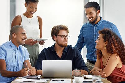 问号,技术,现代,4g,全身像,办公室,看,智能手机,商务人士,男商人