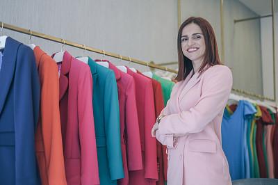 时尚设计师,真实的人,商务,肖像,一个人,女人,青年女人,仅一个青年女人,商业金融和工业,顾客