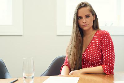 商务,女人,专业人员,部分,面无表情,技术,现代,仅女人,仅一个女人,办公室