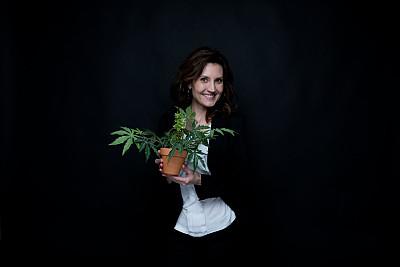 女商人,植物,锅,拿着,成年的,青年人,专业人员,白领,商务人士,经理