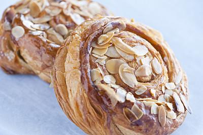 肉桂,丹麦币,螺线,小圆面包,清新,面包,食品,牛角面包,焦糖,坚果