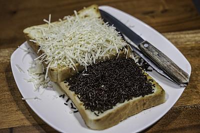 巧克力,吐司面包,奶酪,调味品,暗色,褐色,黑色,自制的,饮食