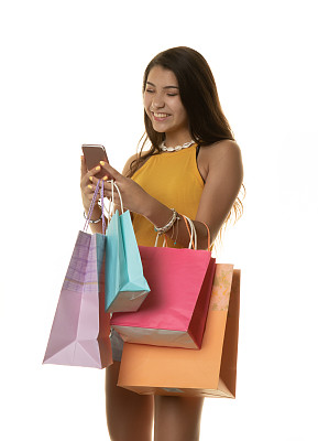 手机,女孩,购物袋,智能手机,人,白色背景,垂直画幅,一个人,女性,礼品袋
