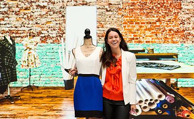 女性,连衣裙,裁缝,专业人员,纺织品,30岁到34岁,创作行业,仅一个女人,半身像