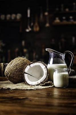 椰子汁三维注塑模具设计流程图片