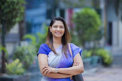 商务,女人,印度人,股票,腕表,肖像,一个人,现代,青年女人