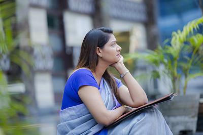 商务,女人,股票,现代,户外,印度,仅女人,仅一个女人,办公室,情绪压力