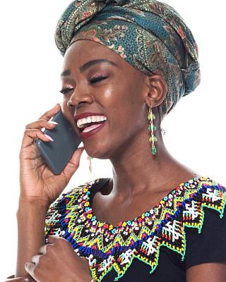 女性,头像,黑色人种,女人头巾,背景分离,技术,25岁到29岁,女人,传统服装,青年女人