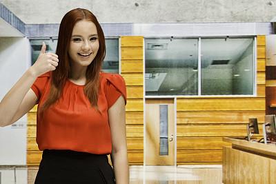 翘起大拇指,女人,商务,经理,专业人员,肖像,现代,青年女人,商业金融和工业