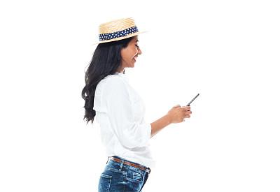 智能手机,女性,白色背景,可爱的,自然美,衣服,电话机,仅成年人,青年人,衬衫
