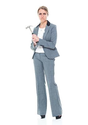 锤子,女商人,拿着,商务,专心,专业人员,背景分离,一个人,女性特质,25岁到29岁