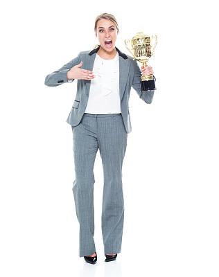 奖,全身像,幸福,商务人士,白色背景,女商人,女性,成年的,青年女人,20到29岁