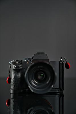 相机,彩色背景,黑色背景,过时的,数字化显示,传媒,专业人员,一个物体,技术,数字取景器
