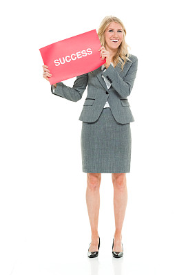 经理,一个人,青年女人,20到29岁,金色头发,全身像,裙子,商务人士,白色背景,女商人