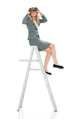 坐在地上,全身像,裙子,商务人士,白色背景,女商人,女性,成年的,经理,一个人