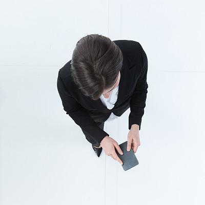 全身像,商务人士,白色背景,女商人,女性,成年的,发短信,经理,一个人,青年女人
