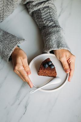 甜点心,素食,糖,巧克力蛋糕,牛奶,背景,大理石装饰效果,留白,暗色,清新