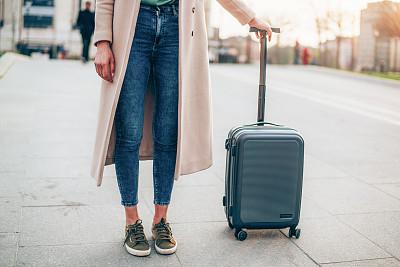 旅行者,旅游目的地,欧洲,女人,在活动中,旅途,广场,户外,仅女人,仅一个女人