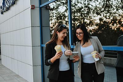 商务,专业人员,咖啡杯,杯,技术,现代,商业金融和工业,拿着,户外,仅女人