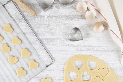 心型,饼干,清新,烹调用具,成分,小麦面团,面粉,甜食,鸡蛋,自制的