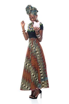全身像,非洲人,幸福,女性,女人头巾,传统服装,青年女人,20到29岁,连衣裙,非裔美国人