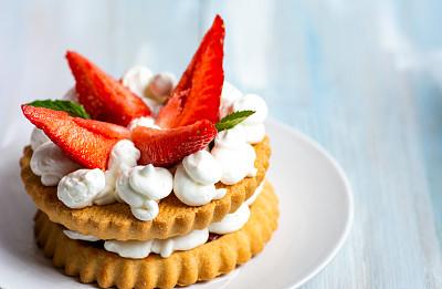 甜点心,甜食,奶油,草莓,什锦烤燕麦片,华夫饼,奶泡,清新,偏好,蛋糕